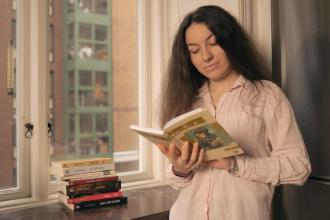 """""""Македонските автори ми се еден вид медитација кои ме пренесуваат во различни светови"""""""